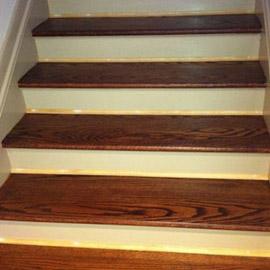 маслом покрыть лестницу